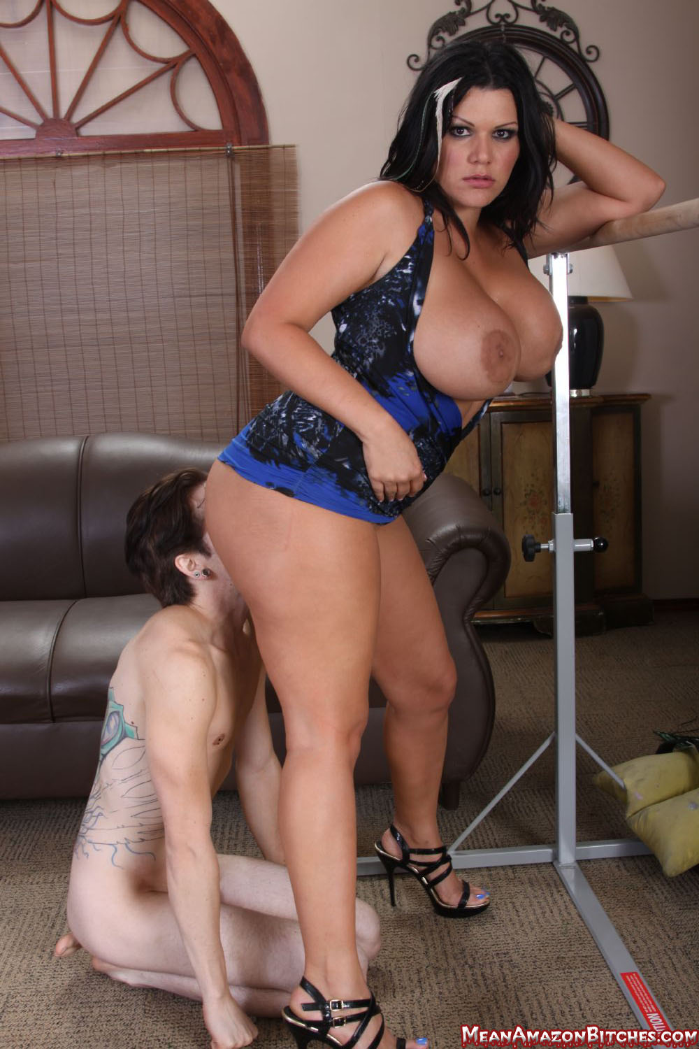 Mean Amazon Bitches.com Where Voluptuous round women ...: http://www.meanbitchbucks.com/mgalleries/2011/mamazon36/